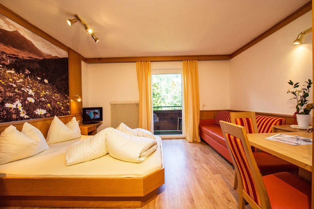 Apart-Hotel Panorama in Flachau, Salzburger Land - Sommerurlaub & Winterurlaub in Flachau – Schöne Zimmer & Ferienwohnungen im Ski amadé