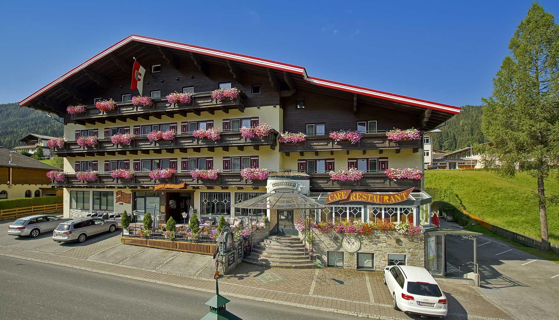 Apart-Hotel Panorama in Flachau