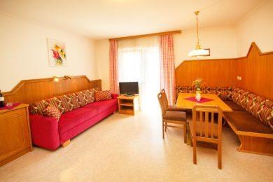 Ferienwohnung für 4 – 6 Personen in Flachau, Salzburger Land. Apart-Hotel Panorama im Ski amadé